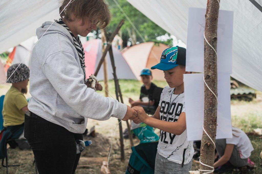 skautai neskautams stovykla_darbas su vaikais